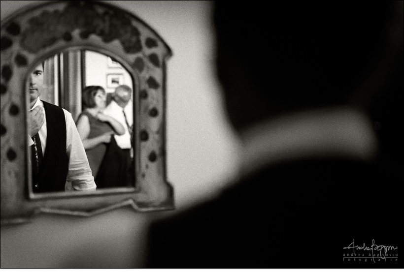 groom getting ready italy documentary photographer