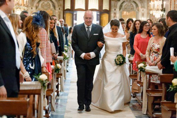 ingresso sposa santa maria assunta camogli