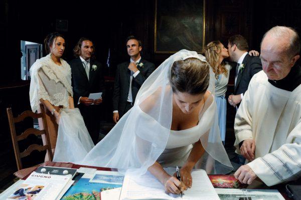 firma registro sposi reportage matrimonio