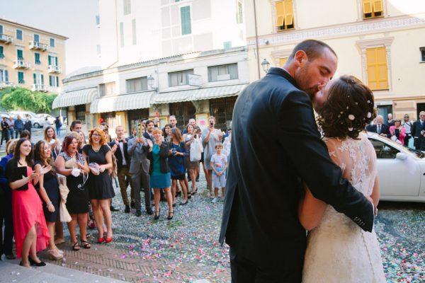 bacio sposi varazze sant ambrogio