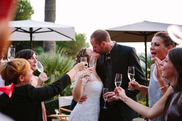 bacio sposi matrimonio villa lagorio