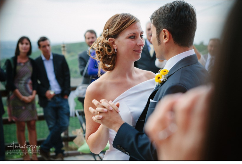 fotografo matrimonio langhe bricco rosso