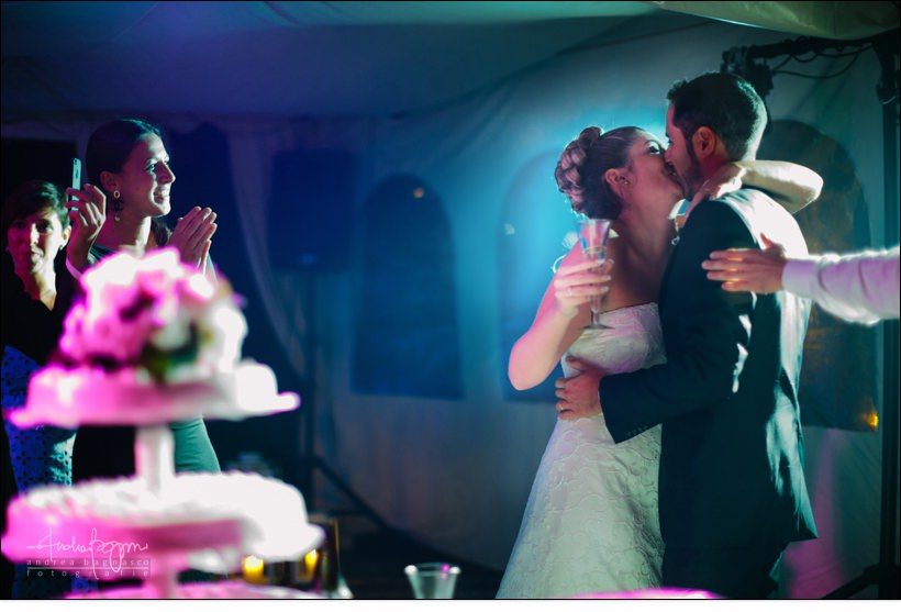 bacio sposi matrimonio la ginestra wedding