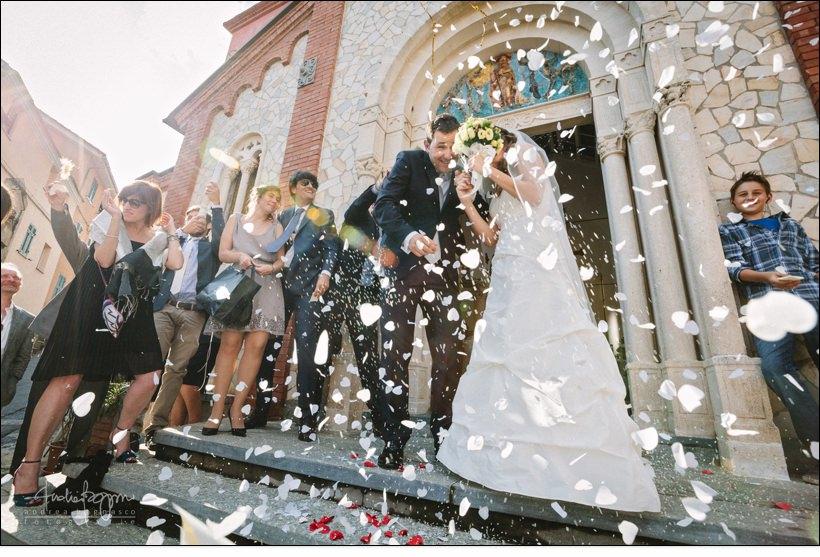uscita sposi matrimonio savona confetti wedding