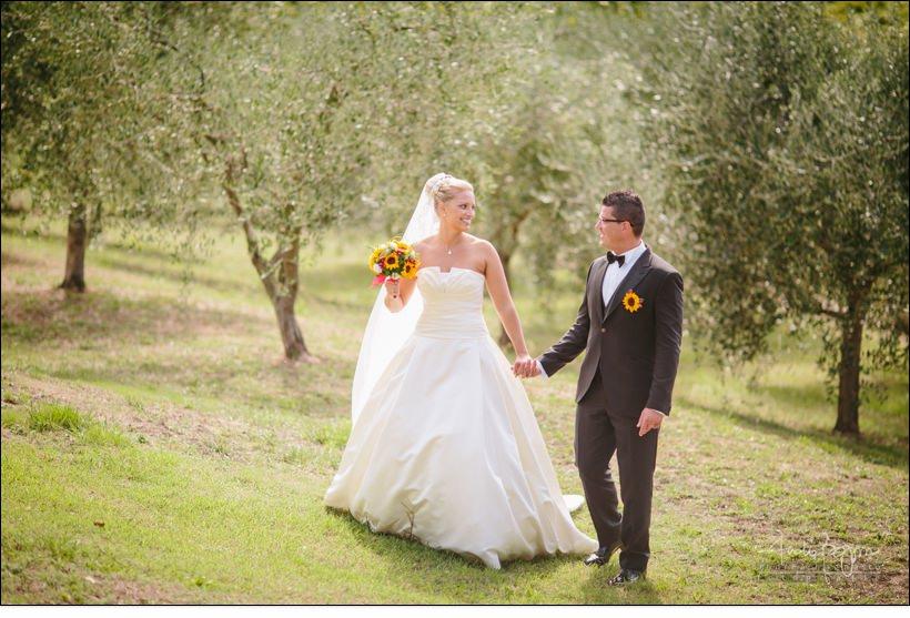 ritratto sposi matrimonio uliveto olivi