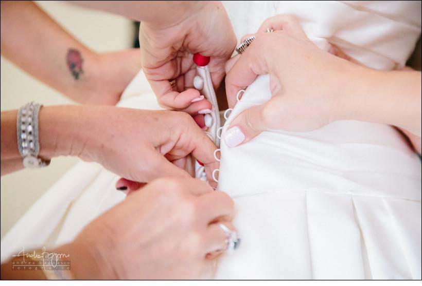 dettaglio abito preparazione sposa varazze