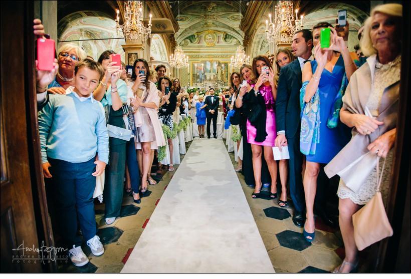 ingresso chiesa matrimonio mombaruzzo monferrato