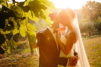 romantic country chic wedding italy