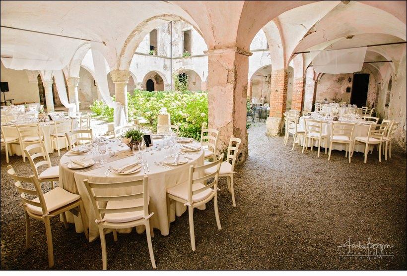mise en place matrimonio shabby chic relais monastero