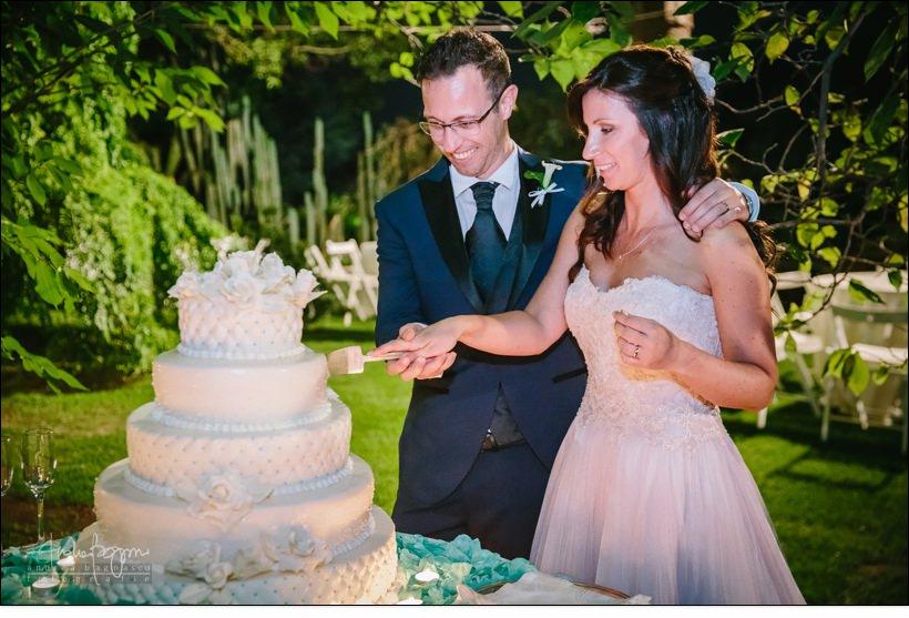 taglio torta matrimonio villa faraggiana albissola
