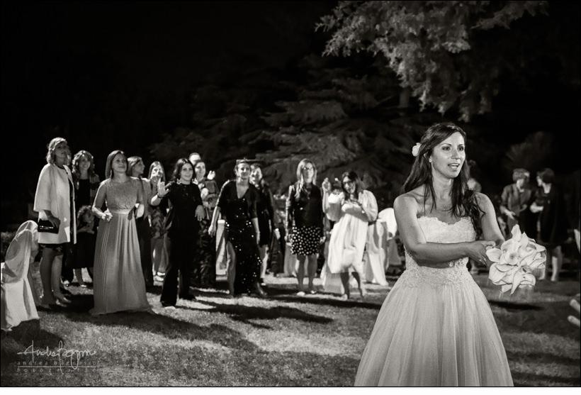 lancio bouquet matrimonio villa faraggiana albissola