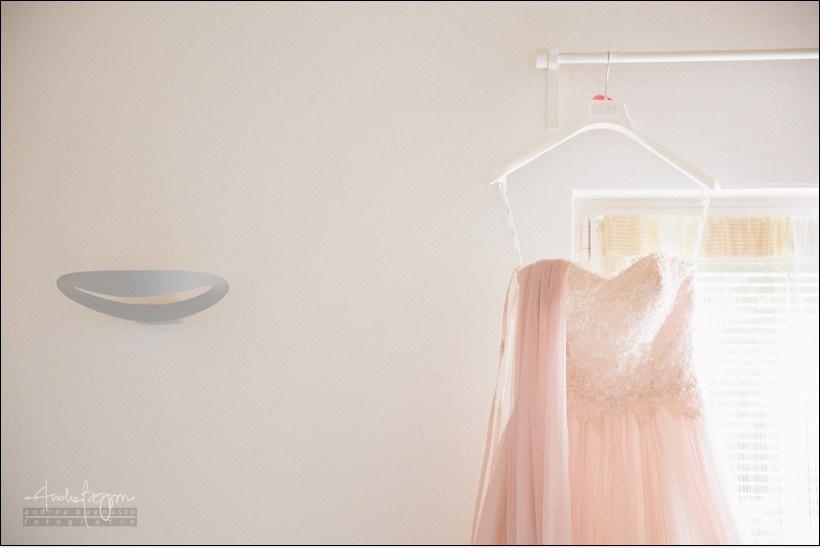 abito sposa rosa matrimonio