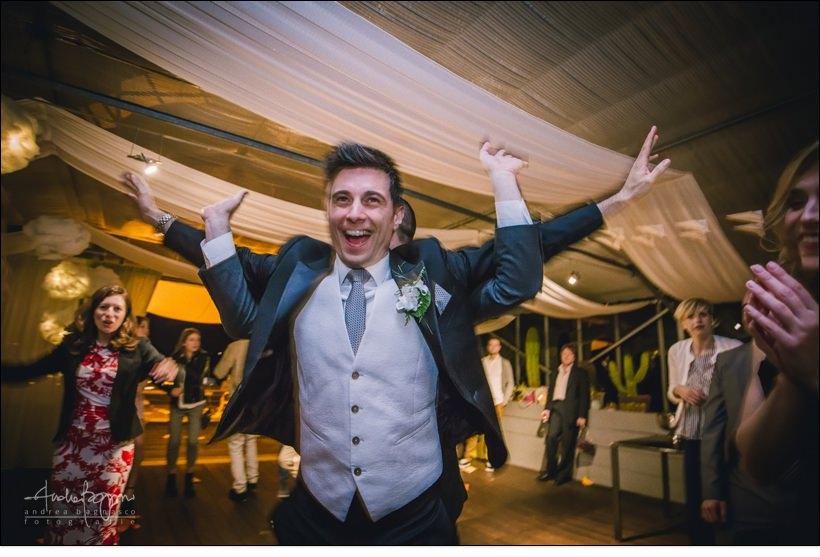 sposo ubriaco matrimonio orangerie villa lagorio
