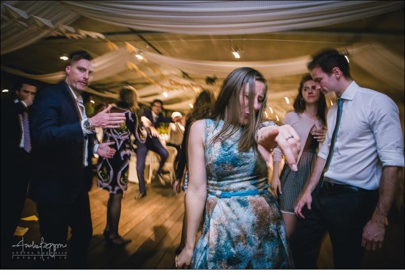 invitata festa matrimonio orangerie villa lagorio