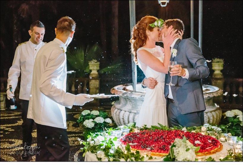 taglio torta matrimonio villa durazzo