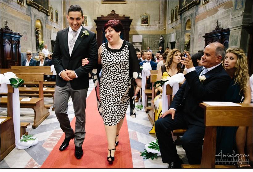 ingresso chiesa sposo matrimonio genova