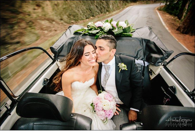 sposi auto matrimonio maggiolone