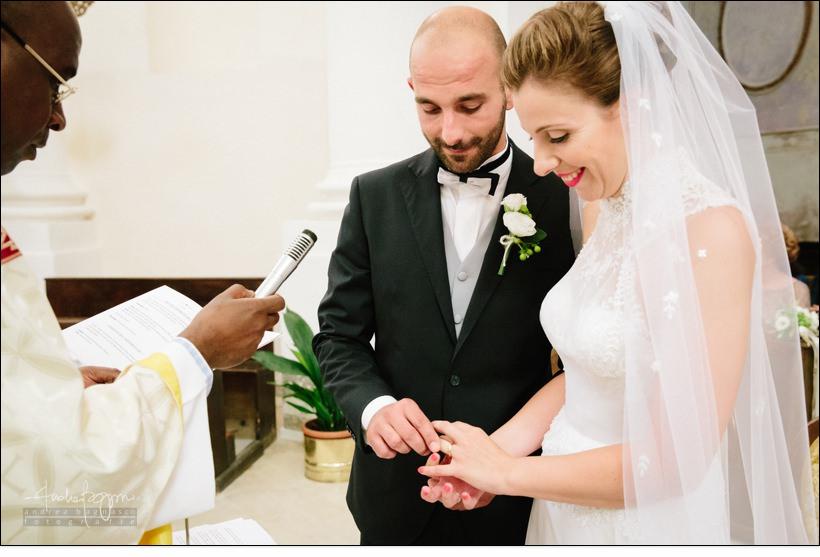 scambio anelli matrimonio savona