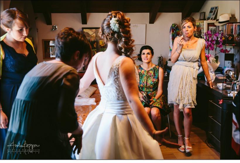 vestizione della sposa reportage matrimonio