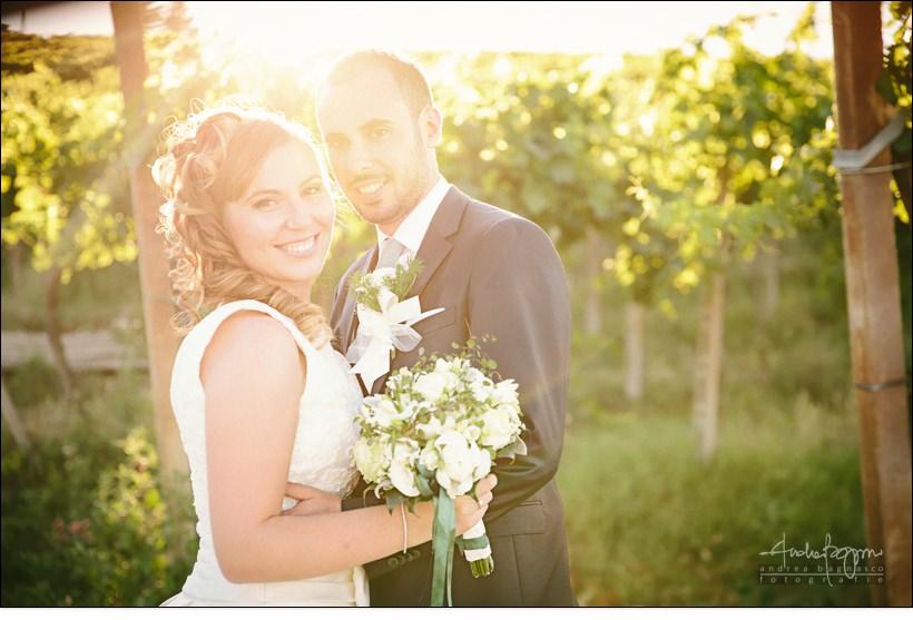 sposi vigna tramonto