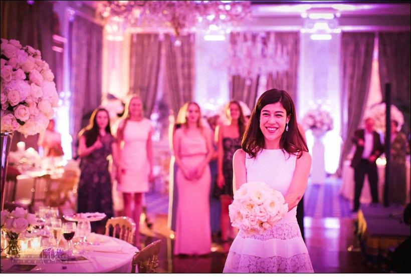 lancio bouquet matrimonio villa deste