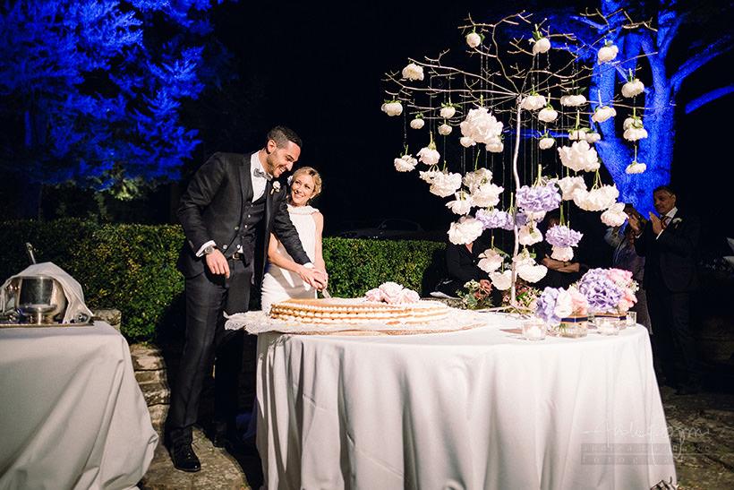 taglio torta matrimonio castello sant'ellero