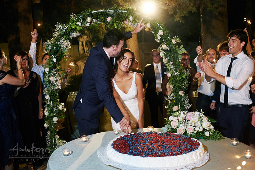 taglio torta matrimonio villa faraggiana