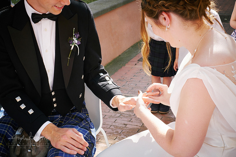 scambio anelli matrimonio finalborgo