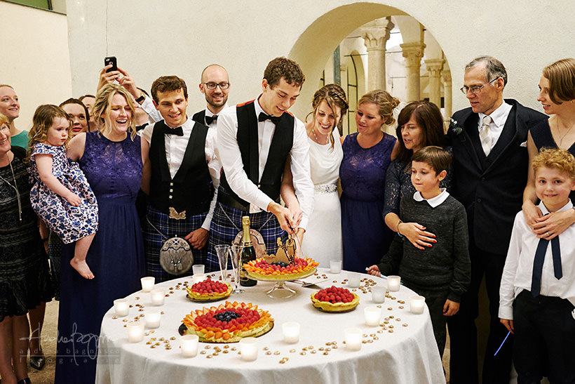 taglio torta matrimonio finalborgo