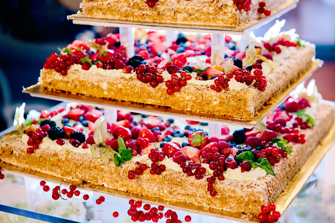 torta nuziale frutta