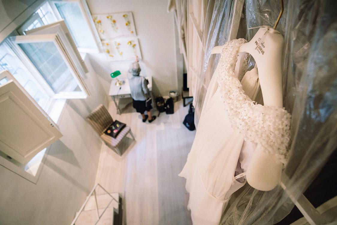 wedding details pronovias gown