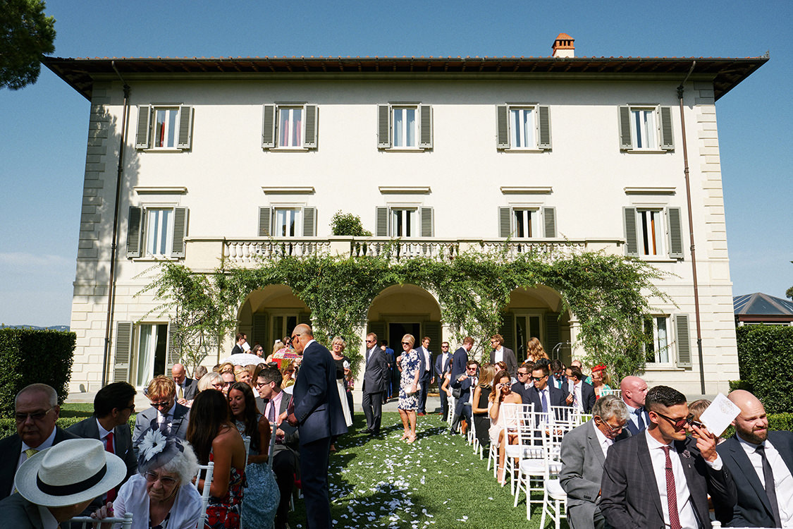 wedding ceremony villa la vedetta