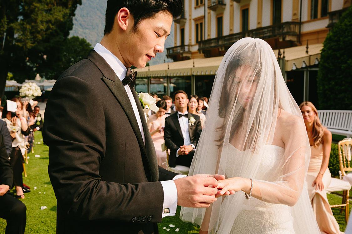 ring exchange lake como wedding