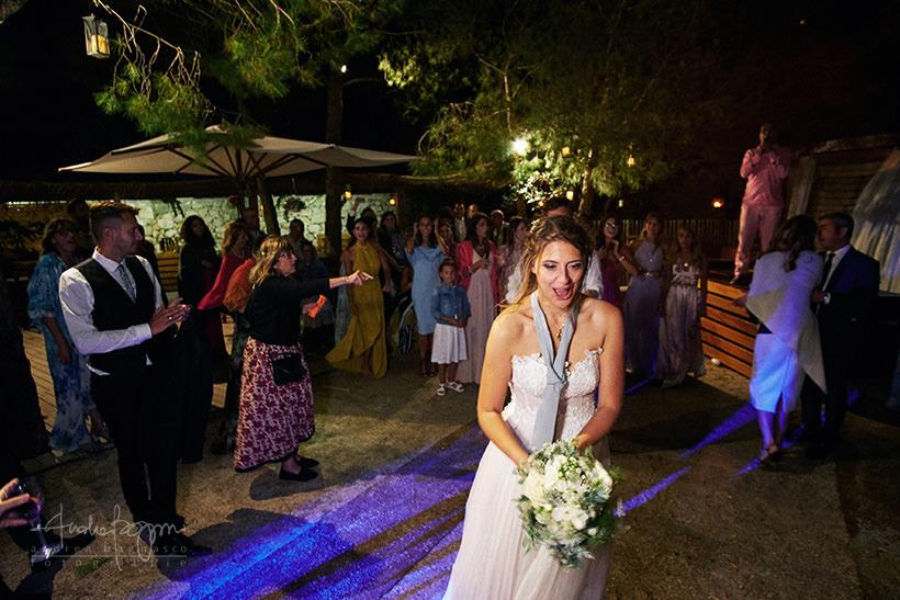 lancio bouquet matrimonio plage de passable