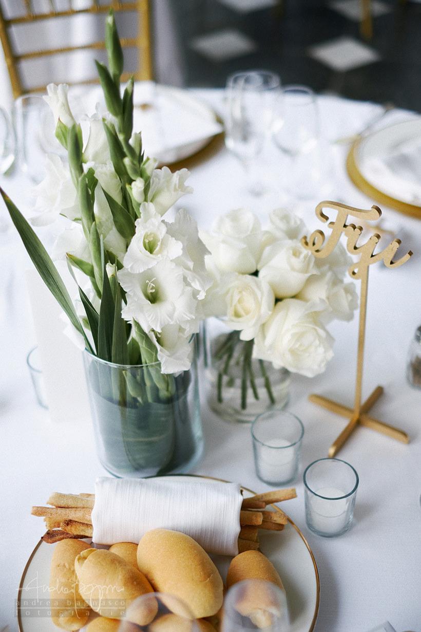 dettagli matrimonio oro e bianco