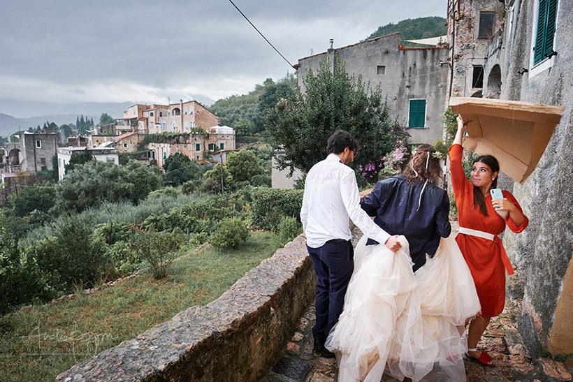 sposi bagnati matrimonio verezzi