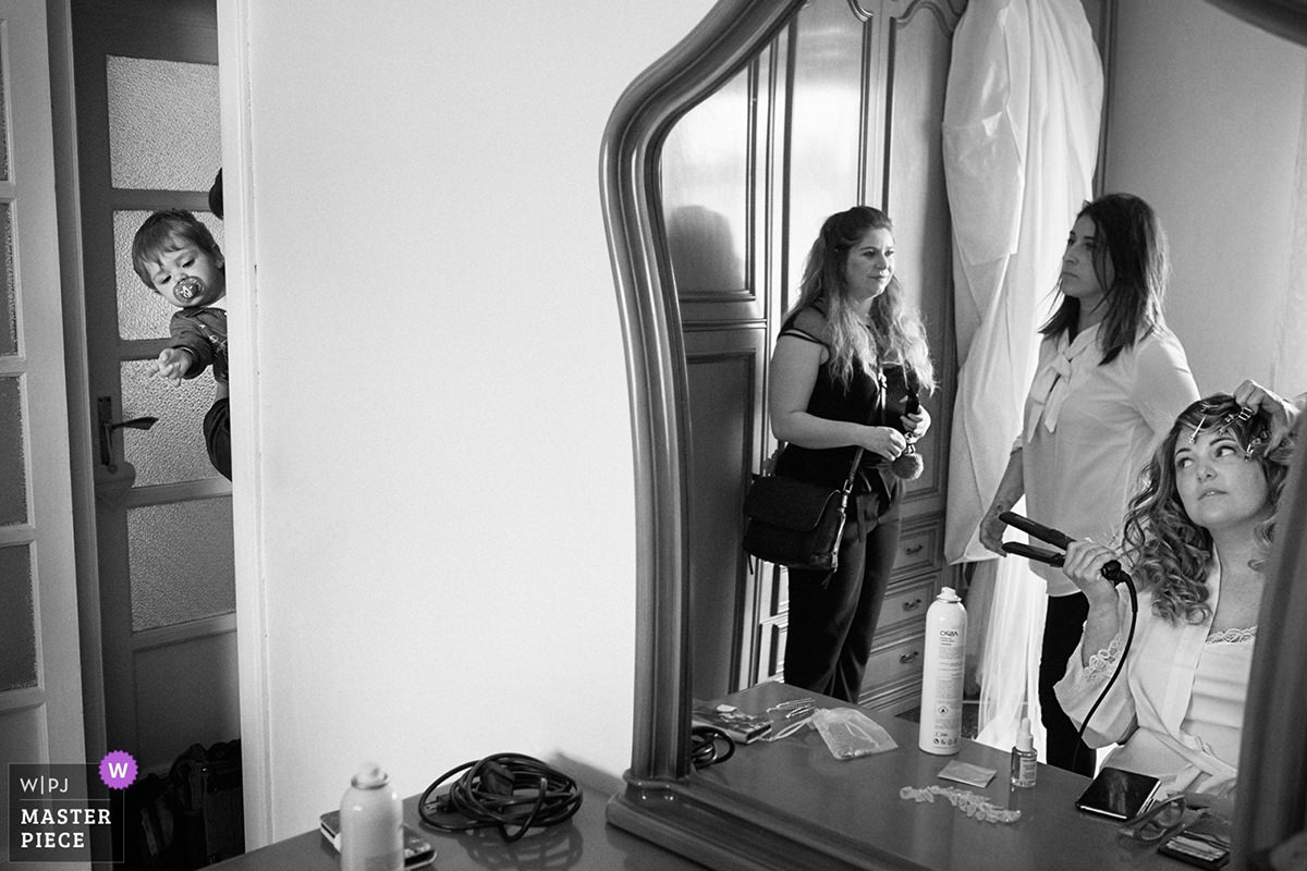 bride getting ready italy wedding wpja award