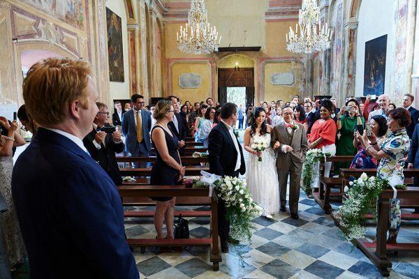 arrivo sposa matrimonio soviore cinque terre