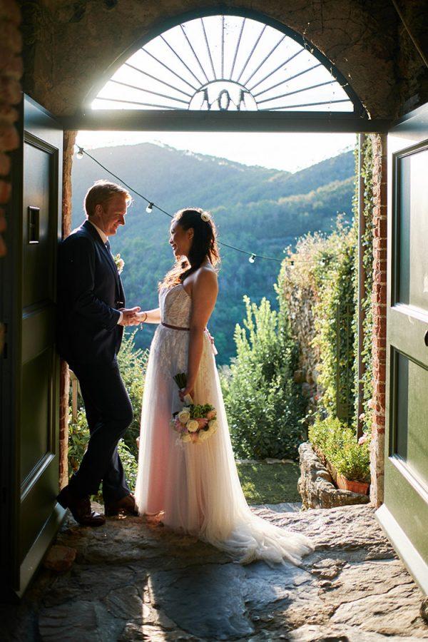bride and groom eremo della maddalena
