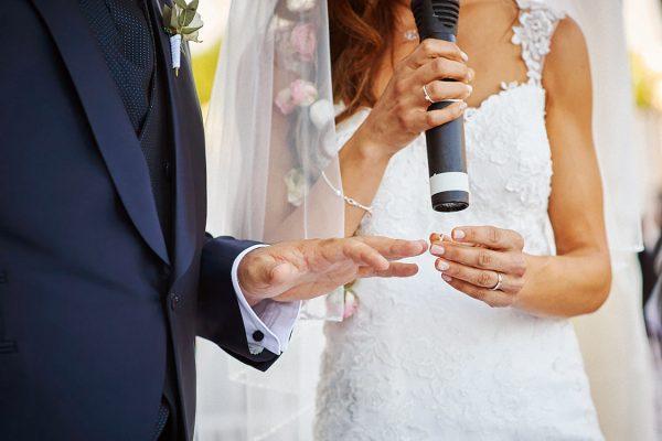 scambio anelli matrimonio la cervara
