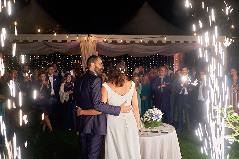 light fountains cake cutting wedding