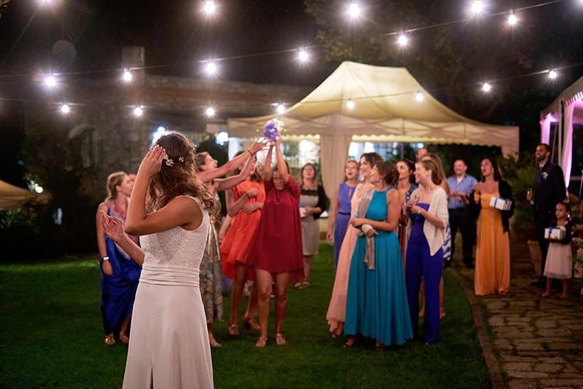 lancio bouquet matrimonio la ginestra