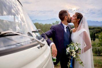 bacio sposi matrimonio le manie la ginestra